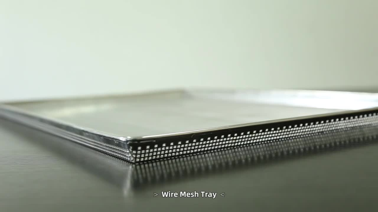 Stainless steel perforated mesh baking trays