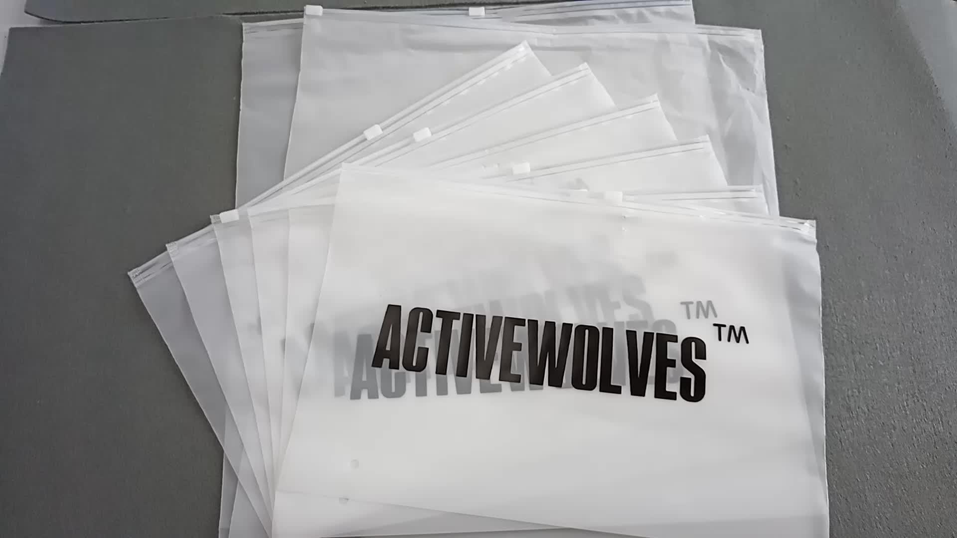 A Impressão Do Logotipo personalizado Slide Frosted Biodegradável Saco de Plástico com Zíper para Roupas T-shirt
