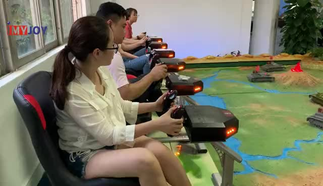 Multiplayer Carnival game 360 degree rotation kids games Crazy tank