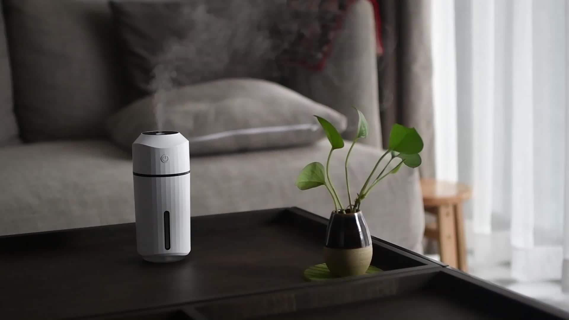2020 Nieuwste Elektrische Ultrasone Innovatieve Usb Desktop Mini Draagbare Luchtbevochtiger Voor Kantoor