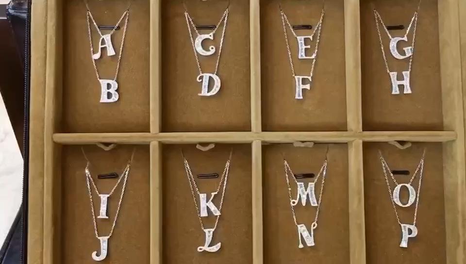 Messi Jewelry 18 18kゴールドダイヤモンドネックレスイニシャルペンダントチャームカスタム手紙アルファベットA-Zダイヤモンドチェーンゴールド手紙ペンダント