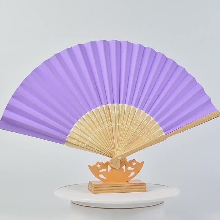 ไม้ไผ่ผสมสีสำหรับการเลือกร้อนขายทั้งการออกแบบสารพันตัวอย่างที่มีอยู่คือฟรีจีนผ้าไหมมือหมุนพัดลม