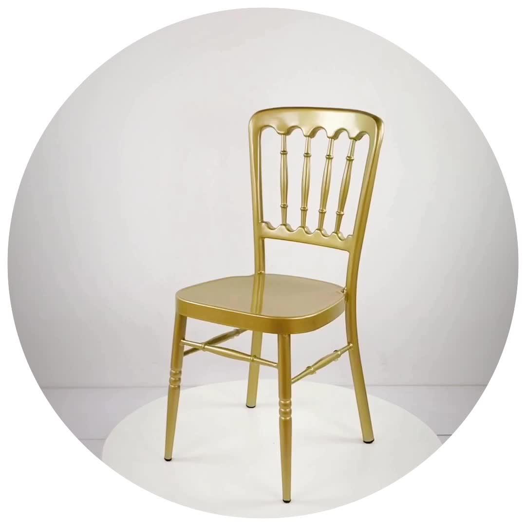 Großhandel luxus event vermietung stapeln napoleon gold metall stuhl für hochzeit halle oder bankett