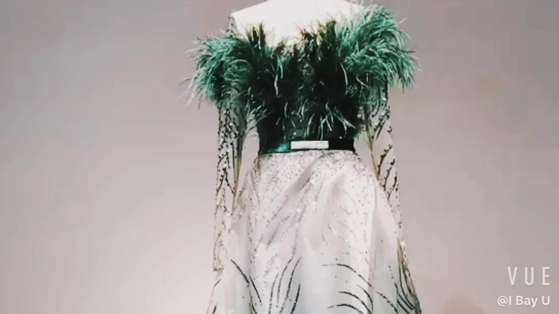 Feather ขนสัตว์ Robe De Soiree Elegant สีเขียวยาว Mermaid Evening Dresses 2019 kaftan ดูไบคำอย่างเป็นทางการปาร์ตี้ชุดราตรี