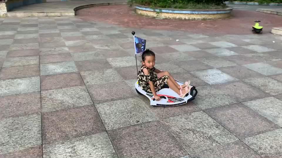 Sıcak Sıcak Sıcak yeni ürün şeytan balık blance elektrikli scooter çocuk scooter için