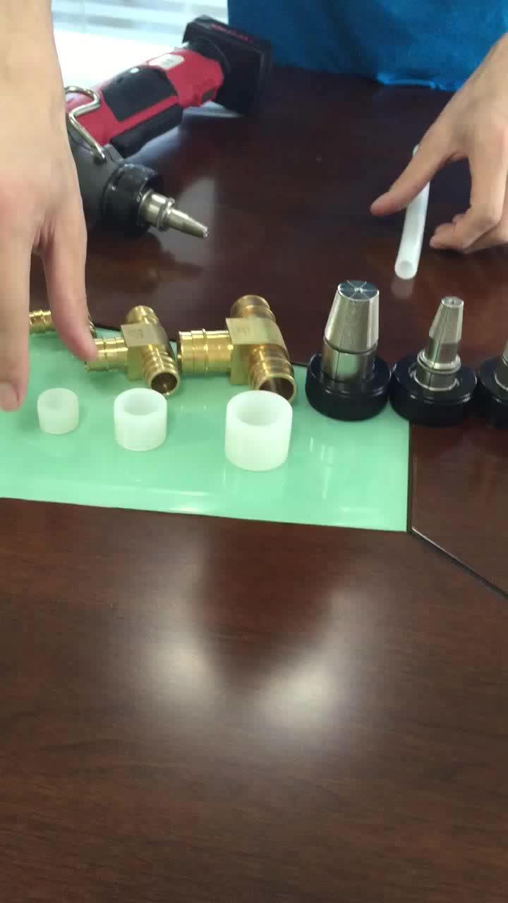 La alta tecnología barato de buena calidad tubo Pex y accesorios de plomería para Australia