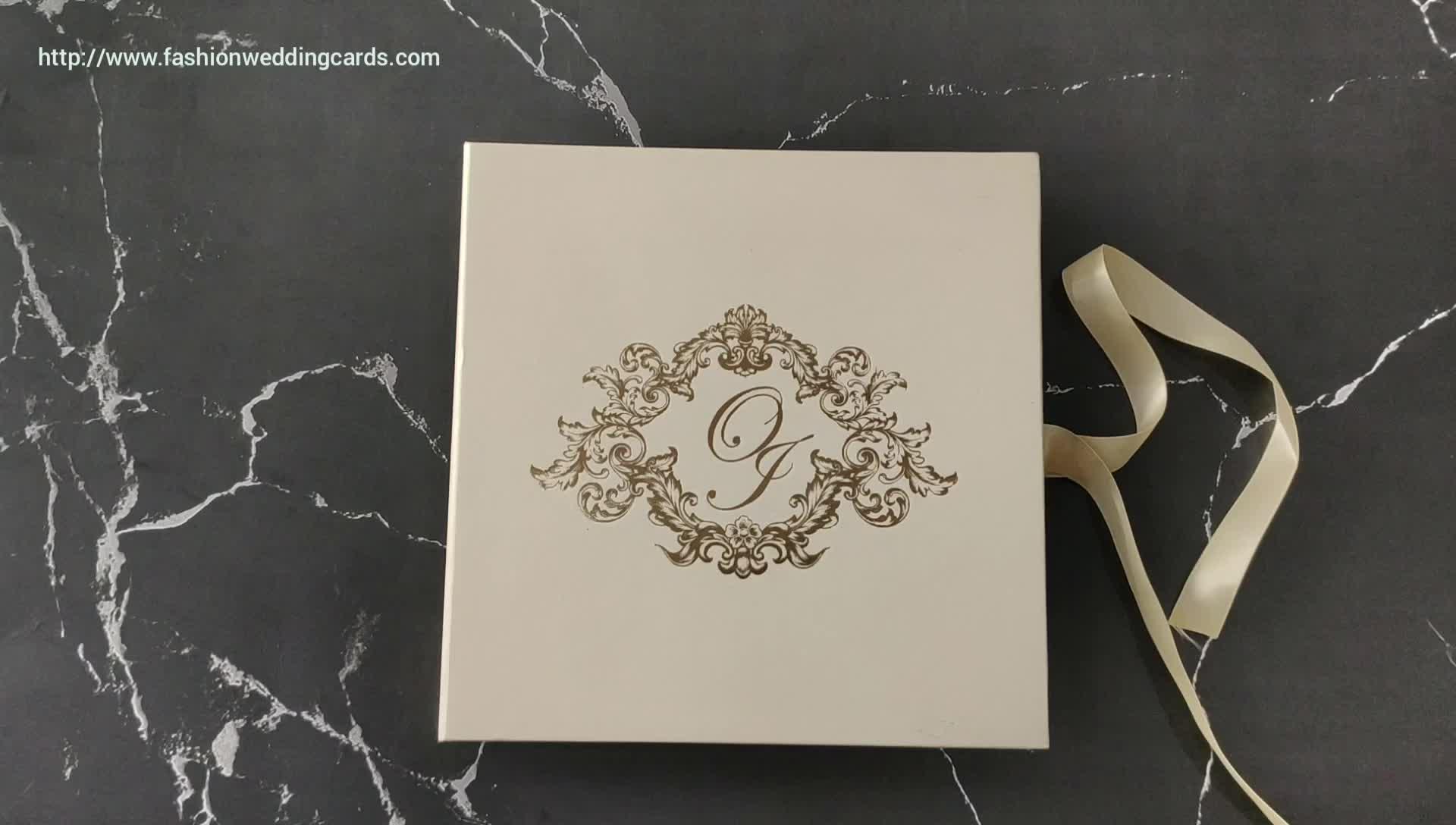 ホワイトエレガントハードカバーボックス招待カード結婚式
