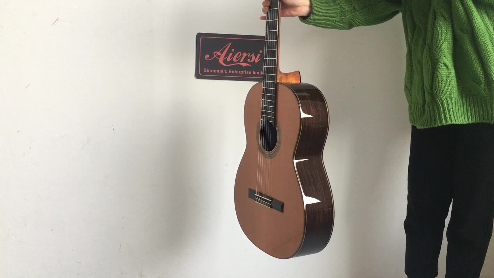 Wholesale Price Solid handmade Vintage Classical Guitar