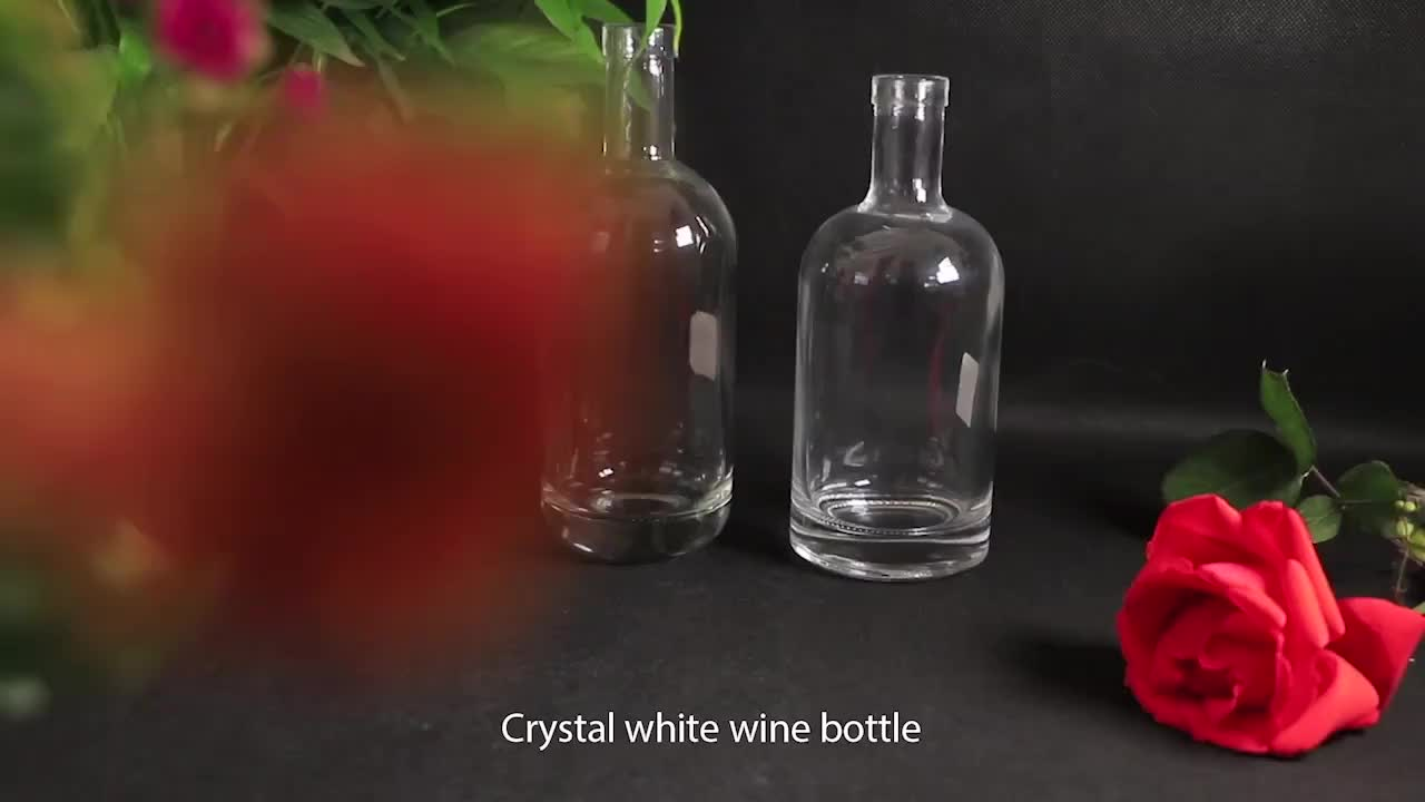 Fancy Clear Crystal vodka whisky wine spirit glass bottle for liquor Custom logo round shape750ml glass liquor bottles wholesale