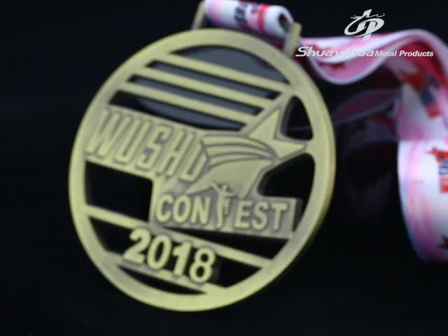 Zinc alloy bronze hollow emboss metal triathlon sports medal with ribbon