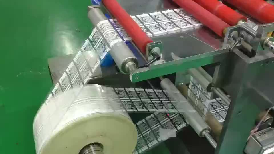 Wholesale Custom Adhesive Eco Friendly Printing Labels Sticker for Pet supplies label printing