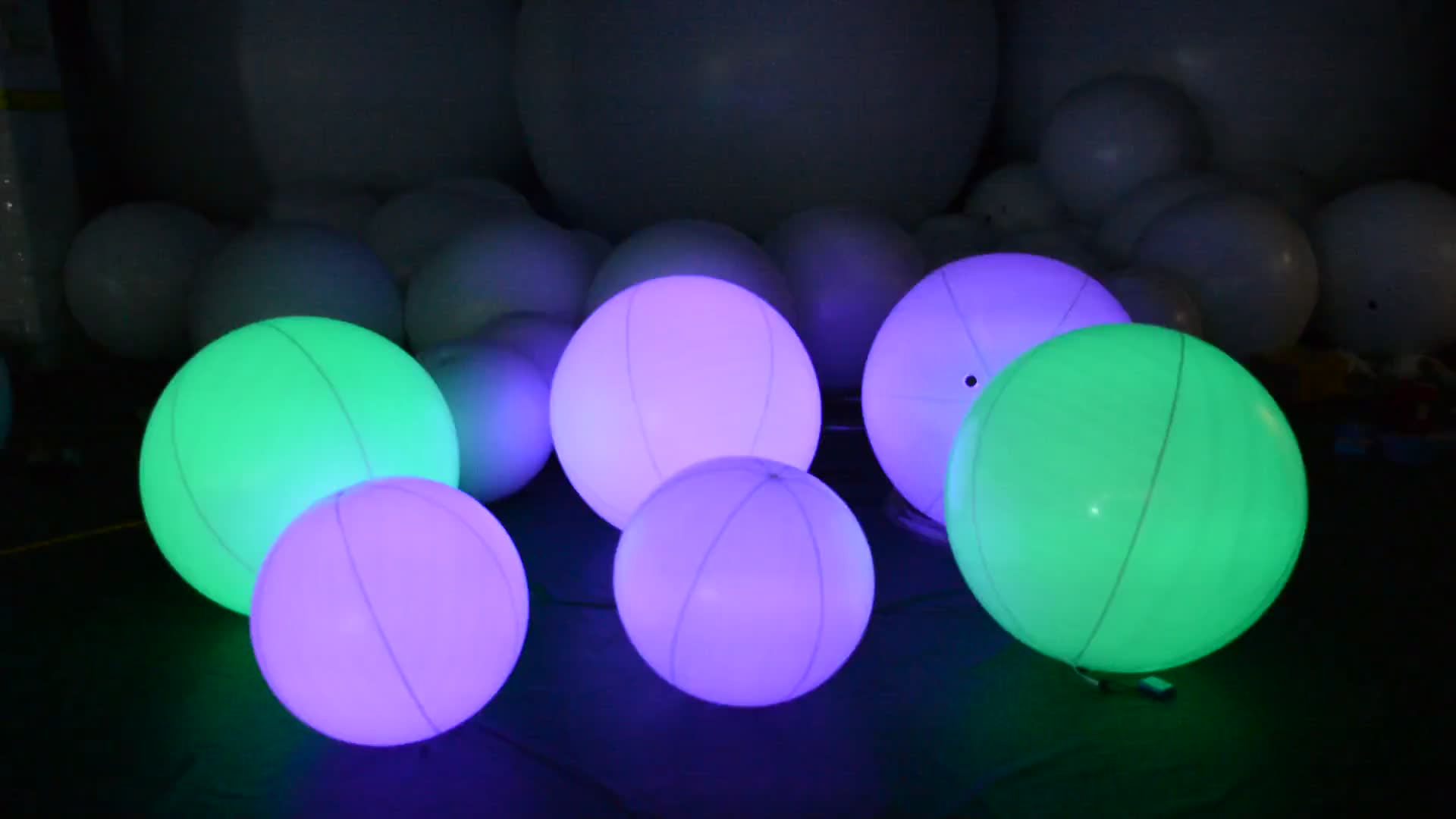 Most Popular Amazing Colorful LED Lighting Inflatable Crowd Glow Touch Ball