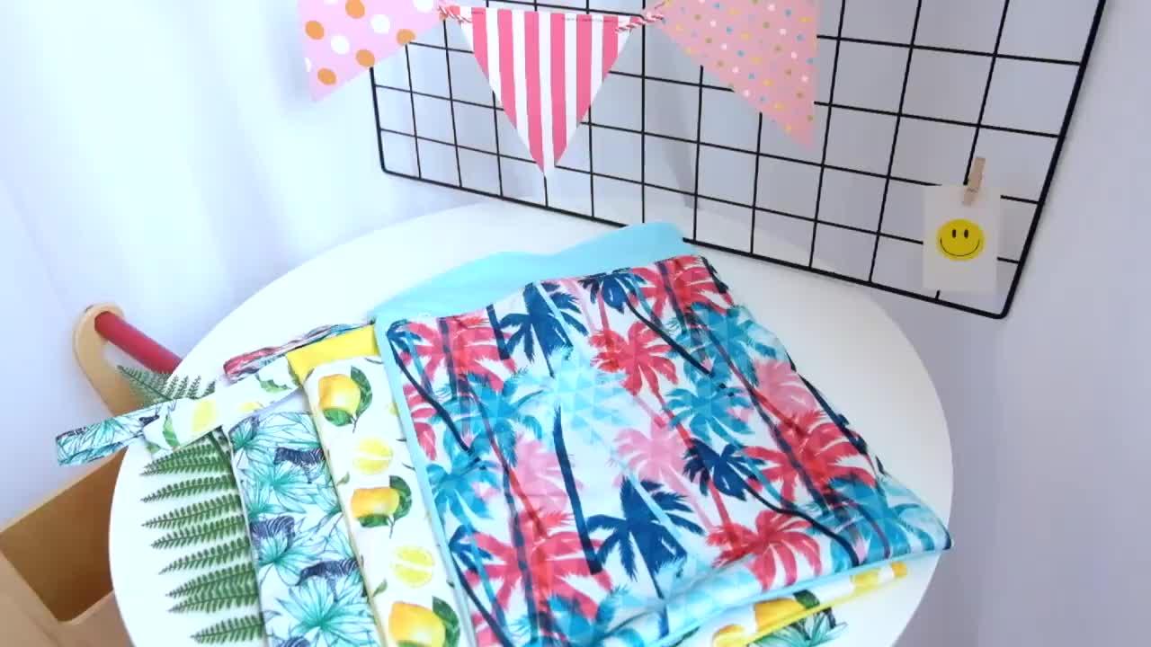 HappyFlute 1PC Reusable Waterproof Fashion Prints Wet Dry Diaper Bag Double Pocket Cloth Handle Wetbags 30*40CM Wholesale