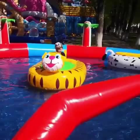 Entertainment most popular electric inflatable bumper boat (hot in Europe)