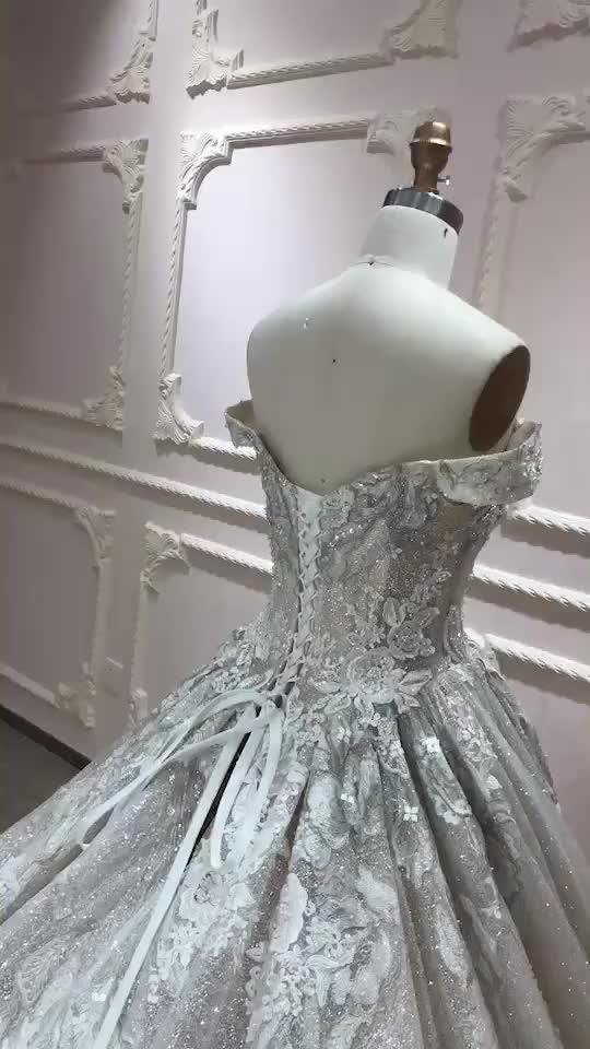 2019 Princess Wedding Dresses Silver Wire Beading Bridal Dresses Off-Shoulder Luxury Bridal Gowns New Designer Wedding Gowns