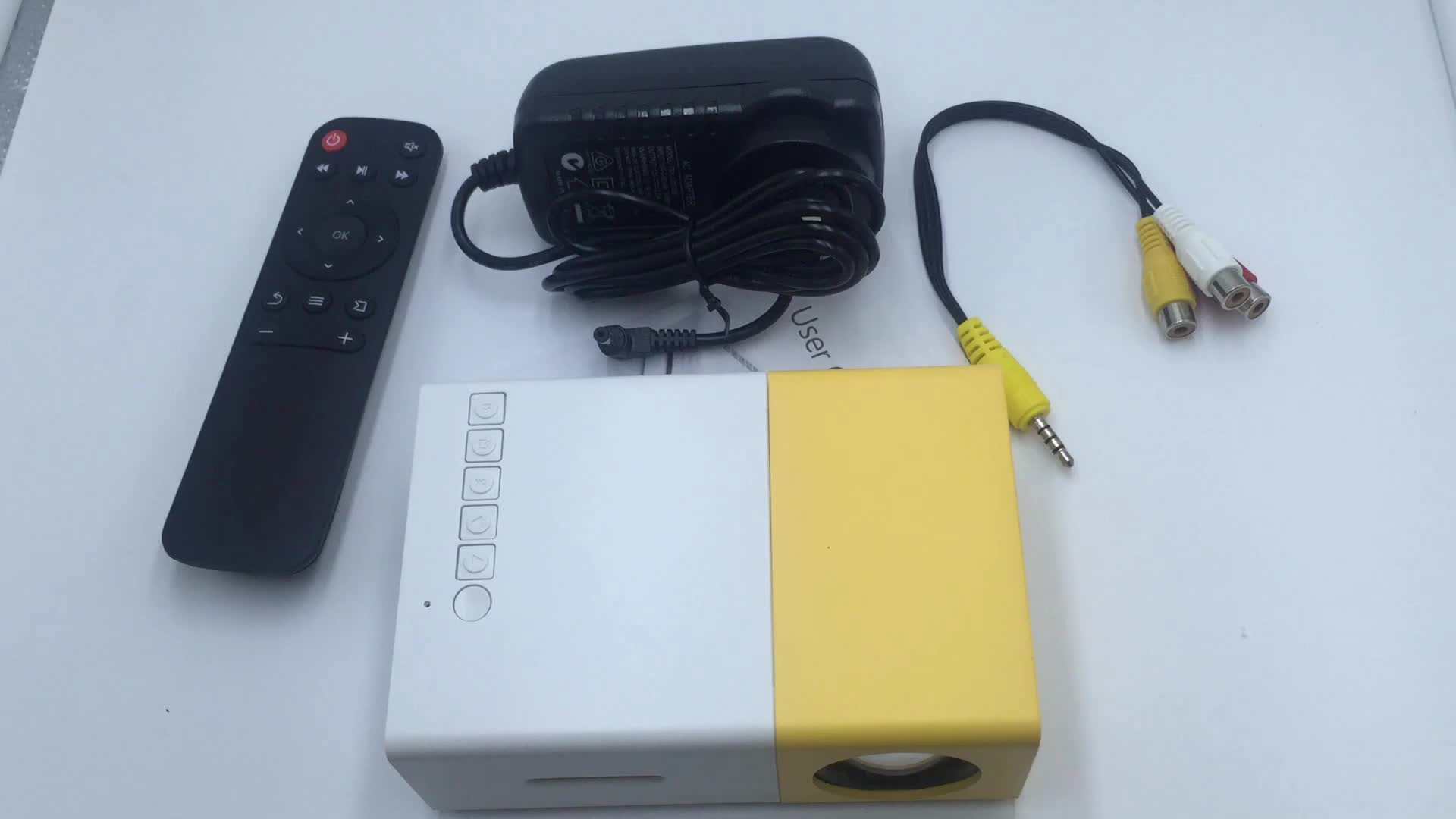 Wholesale 2019 Hot LED Portable home mini theater Projector pocket projector YG300