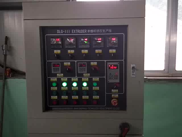 High quality low consumption Fried pellet chips machine