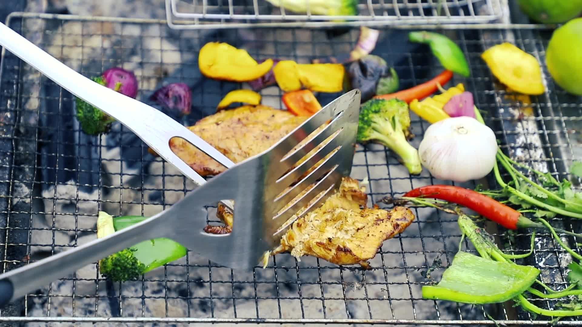 Hoge Kwaliteit Roestvrij Staal 3 stks BBQ Gereedschap Set, Barbecue Gereedschap Set, BBQ Grill Gereedschap Set met Raam Doos
