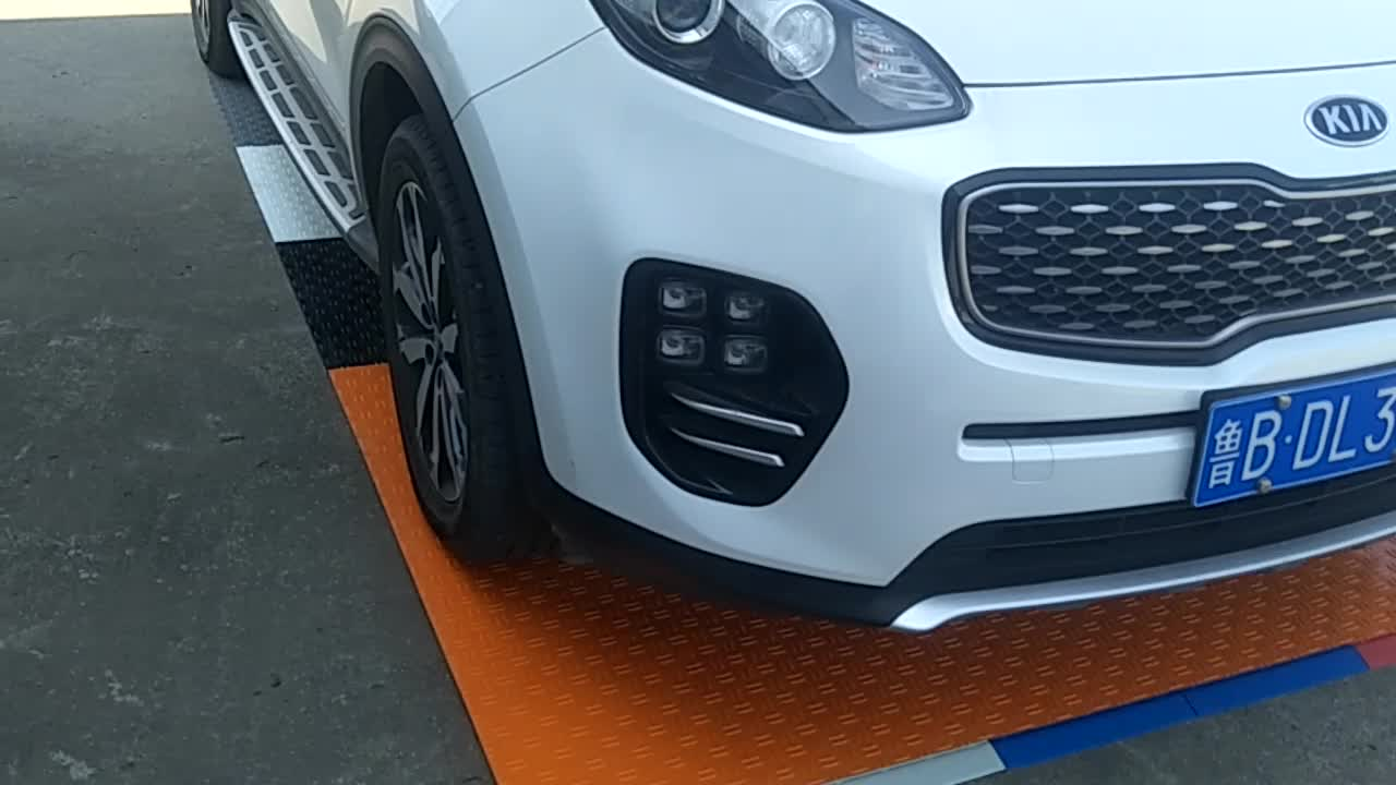 330X330X12mm splicing with diamond garage plastic flooring tile,connected and removable floor tiles