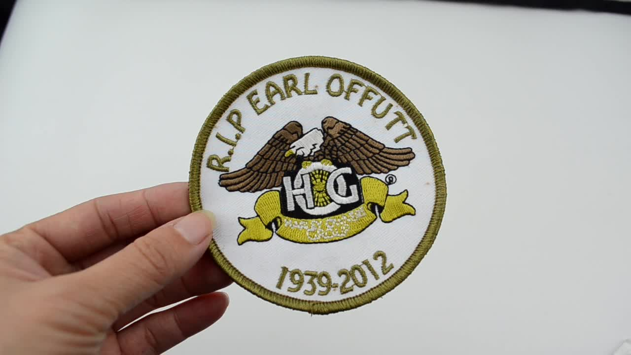 Fashion cheap wholesale heat press custom badges embroidered patches for kids