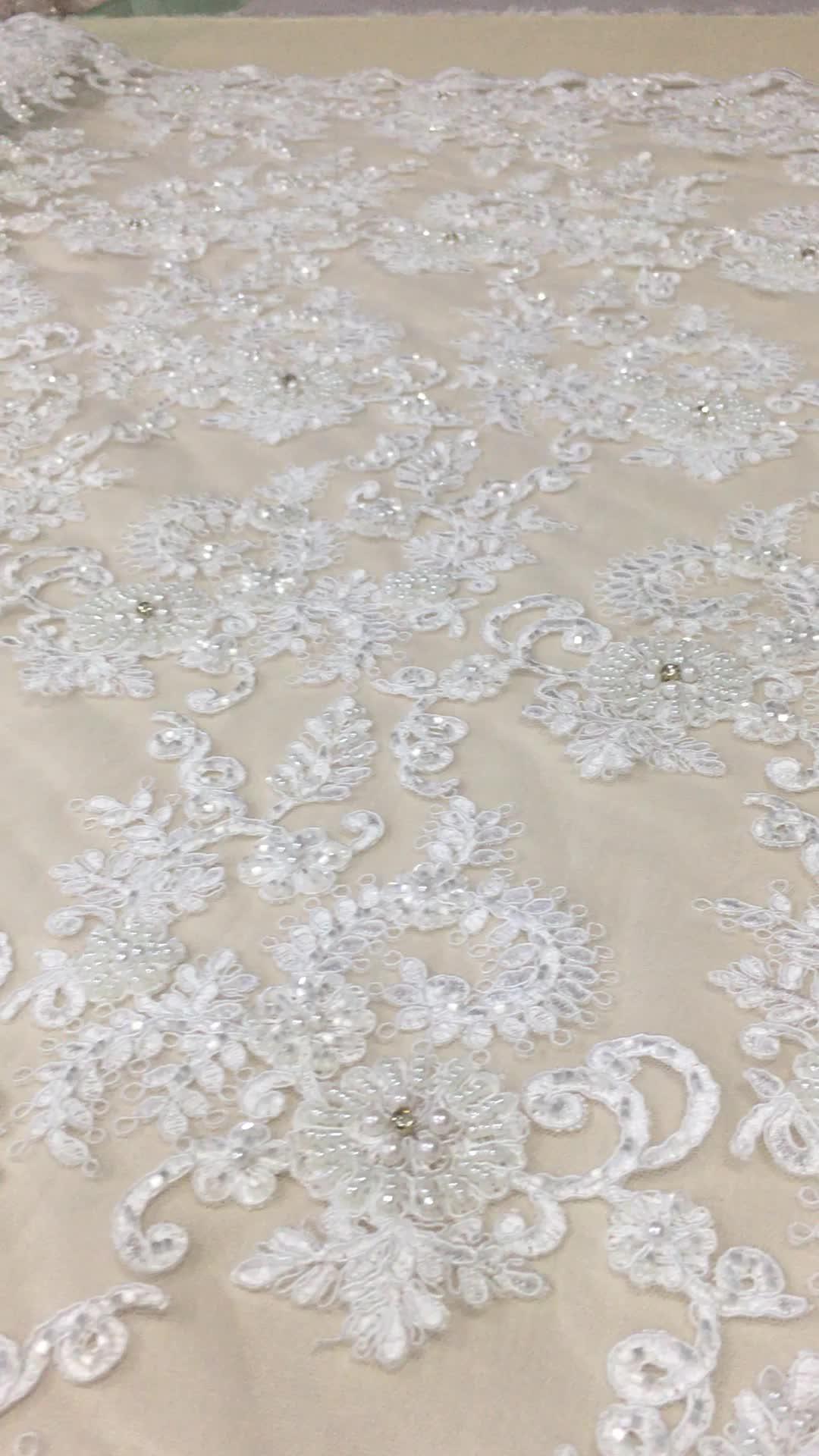 قماش فستان زفاف عالي الجودة مع جميع أنحاء الحبل الثقيل الدانتيل اليد مطرز الأحجار نسيج مطرز أقمشة الدانتيل