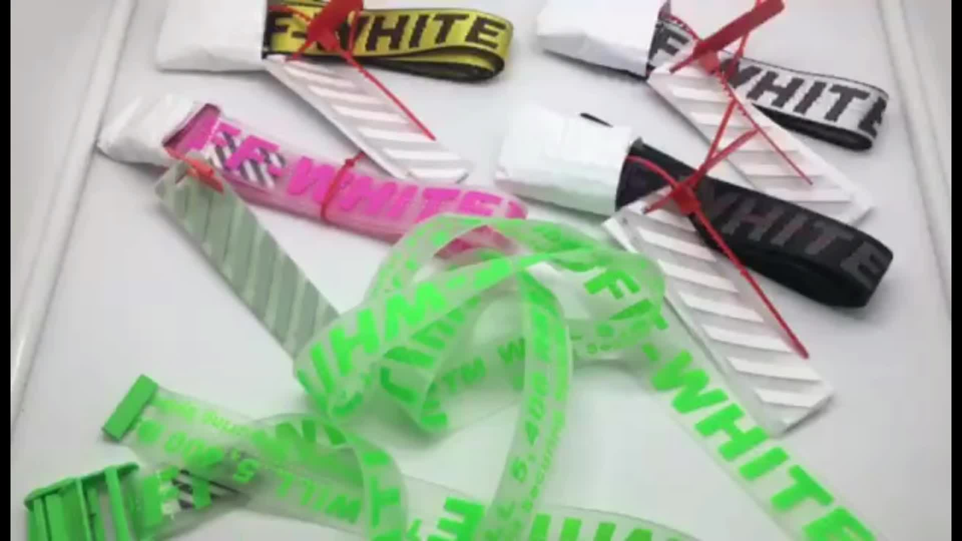 Custom Colorful Metal Buckle Belt, Fluorescent Green Plastic Belt With Tag