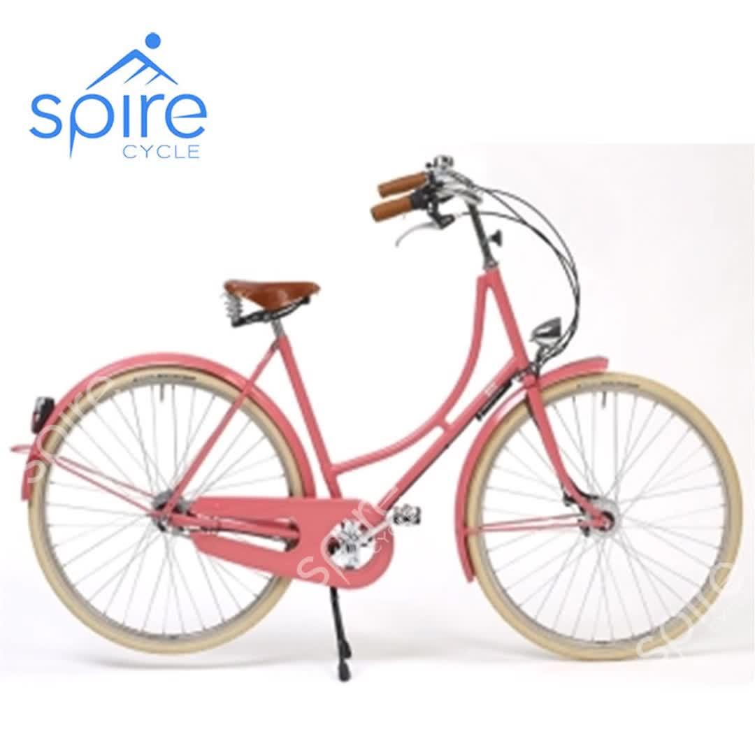 High End Vintage Roze City Bike Met Klassieke Look
