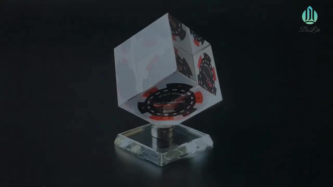 3d Laser Engraved Crystal Cube for Souvenir