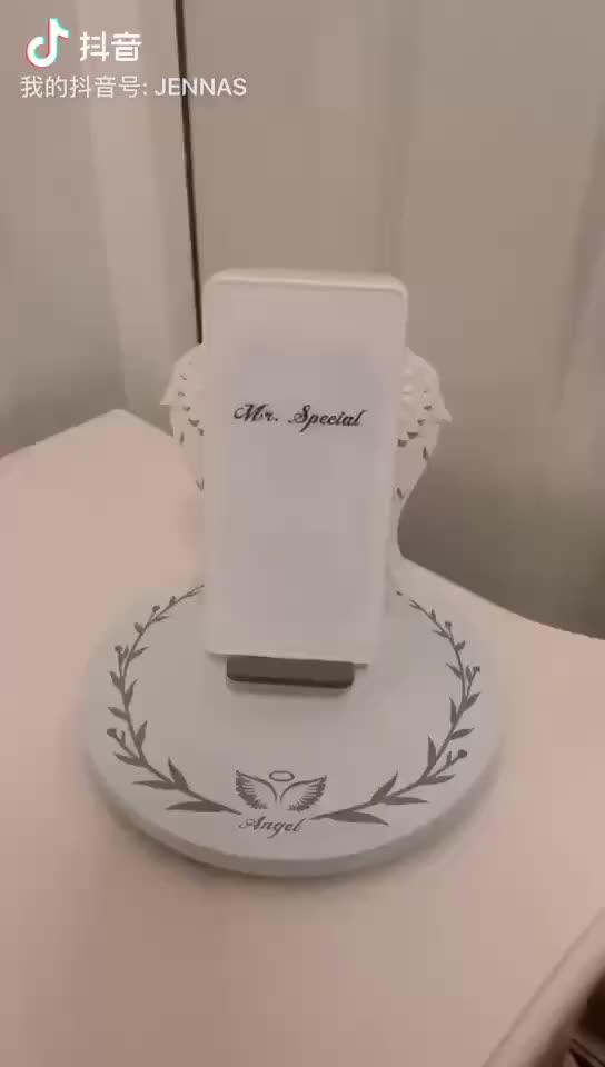 新 2019 トレンド製品美しい天使の羽 10 ワットワイヤレス充電器