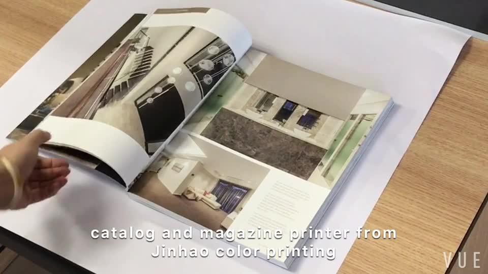 ที่มีคุณภาพสูงแฟชั่นเฟอร์นิเจอร์โฆษณาเคลือบเงาแคตตาล็อกโบรชัวร์บริการการพิมพ์