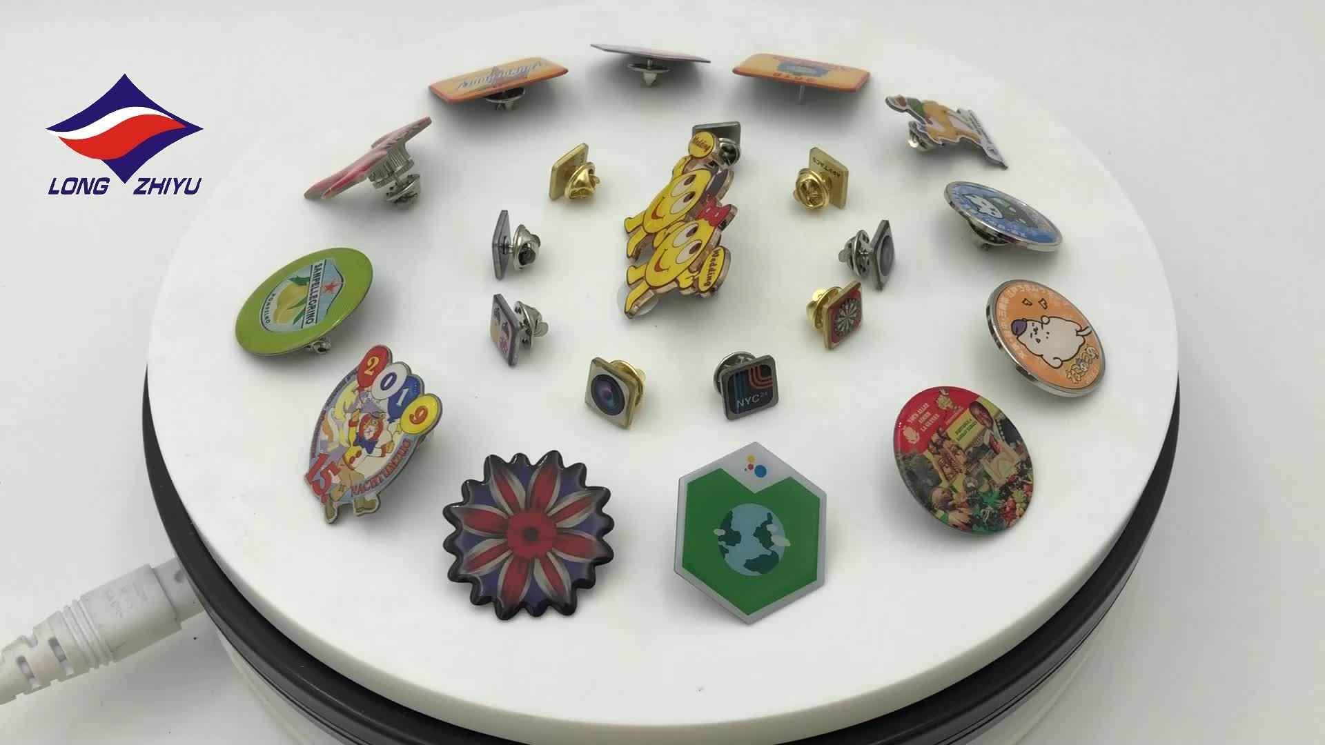 Longzhiyu 12 anos fabricante Botão Crachá pino do botão personalizado roupas broche pin free design metal badge profesional produtor