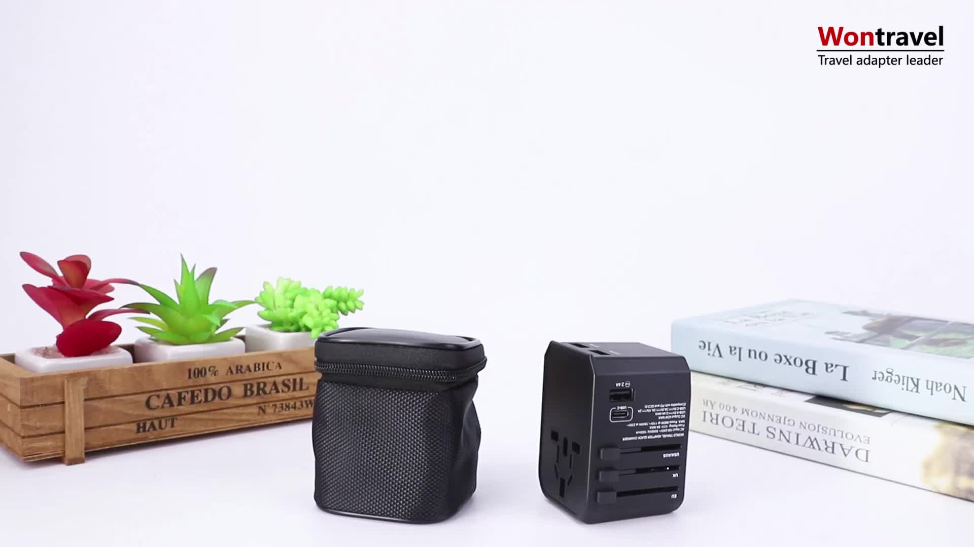 Unique design travel adapter Type-C charger USB PD quick charging Lazada hot selling universal power adaptor plug socket