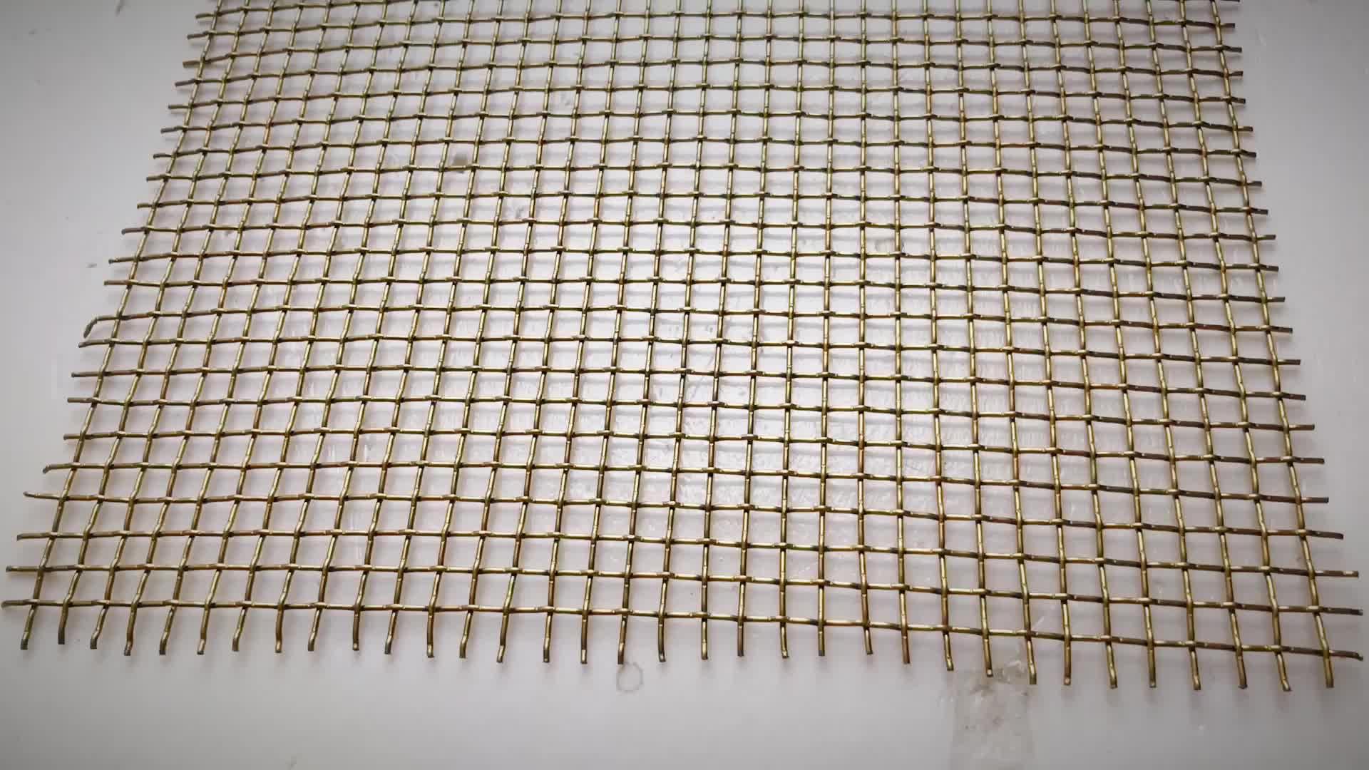 PVD Foro Quadrato Inflessibile di Tenda del Metallo Disegno Della Maglia/Interni di Costruzione di Pareti Decorativi In Metallo Maglia