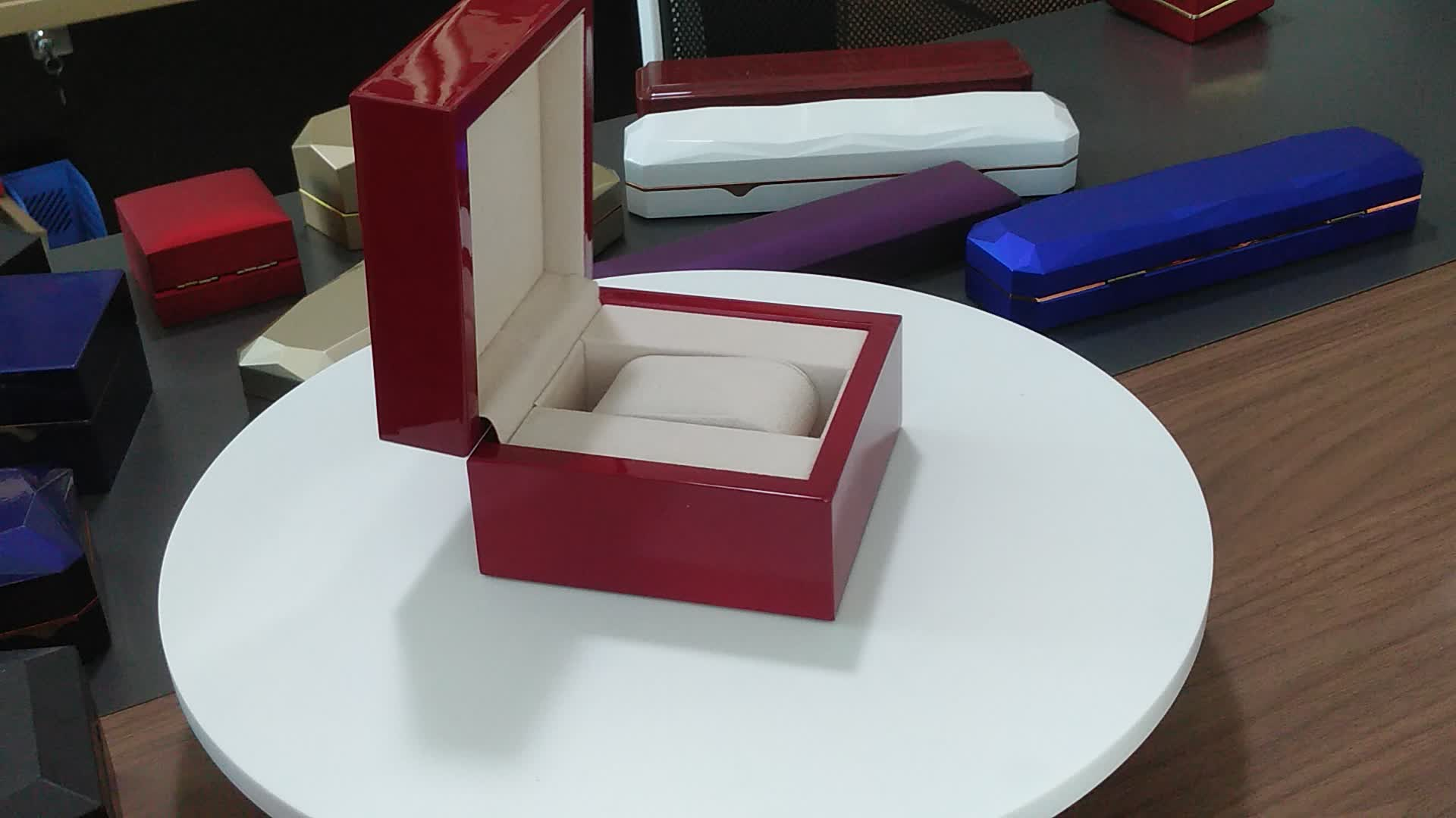 Luxury Square Kraft Cotton Filled Engagement Jewelry Ring Box