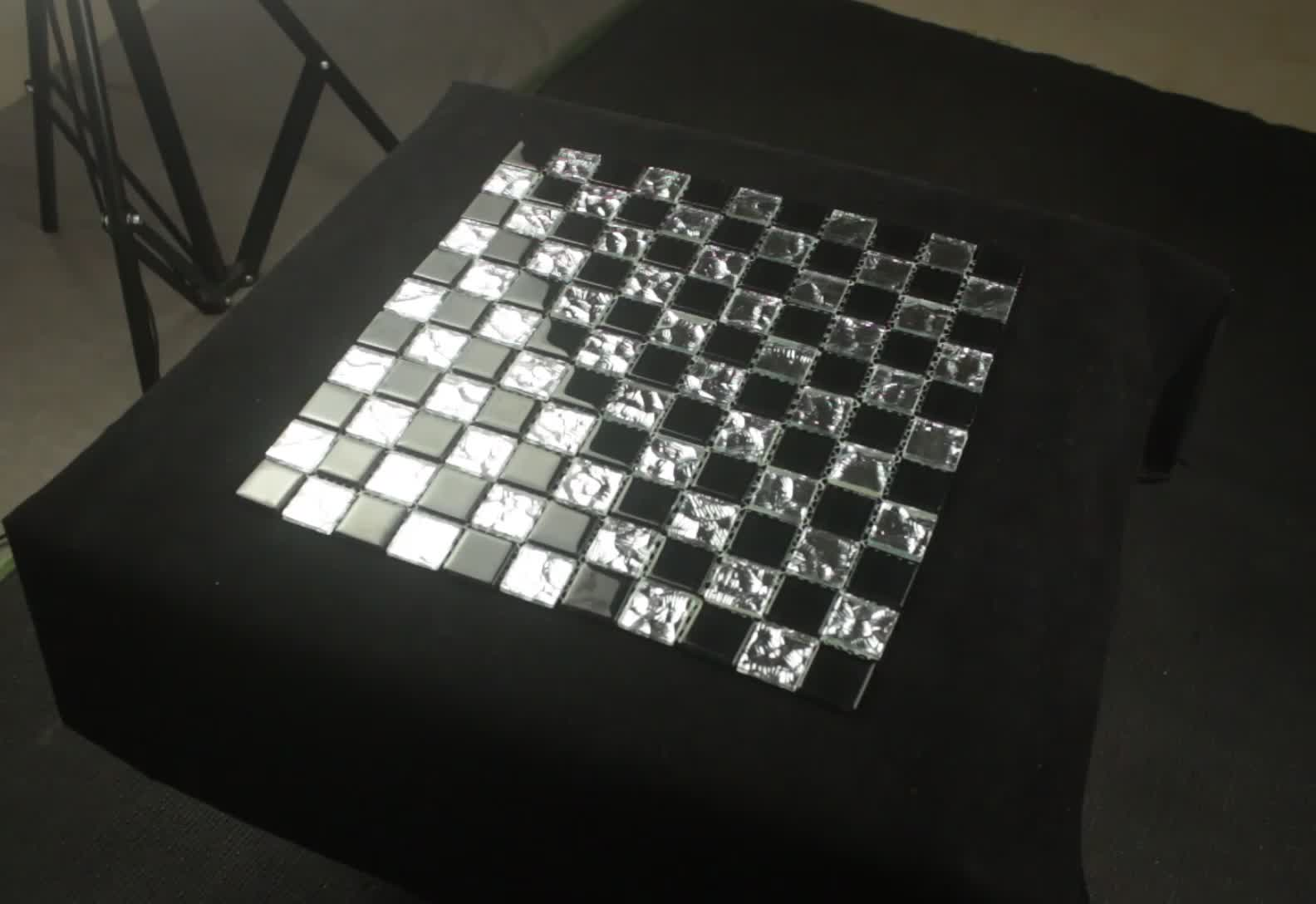 foshan new design wall tiles 4mm thickness black  and silver irregular style glass mosaic