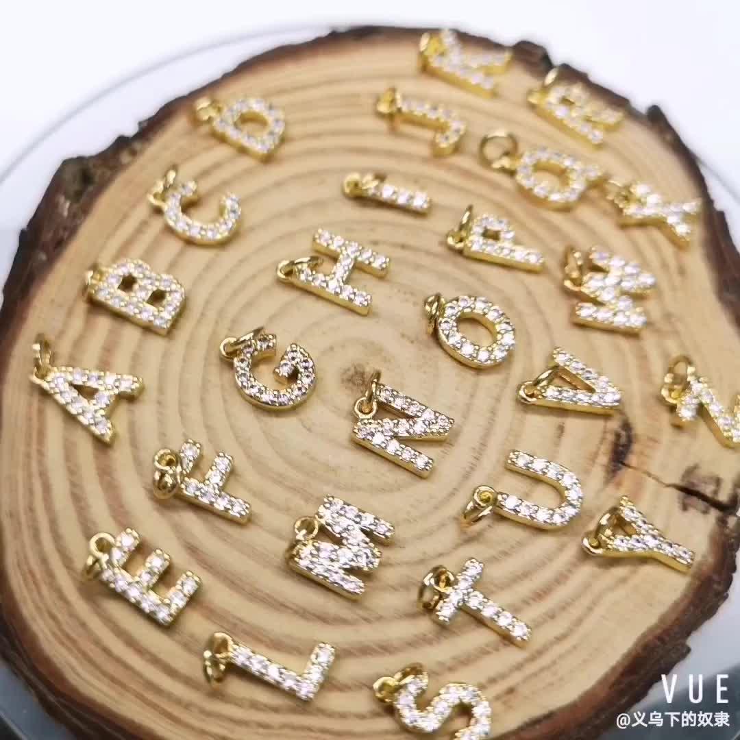 Recién llegado letra pequeña Micro pavimentar CZ colgante 14k chapado en oro colgante para collar