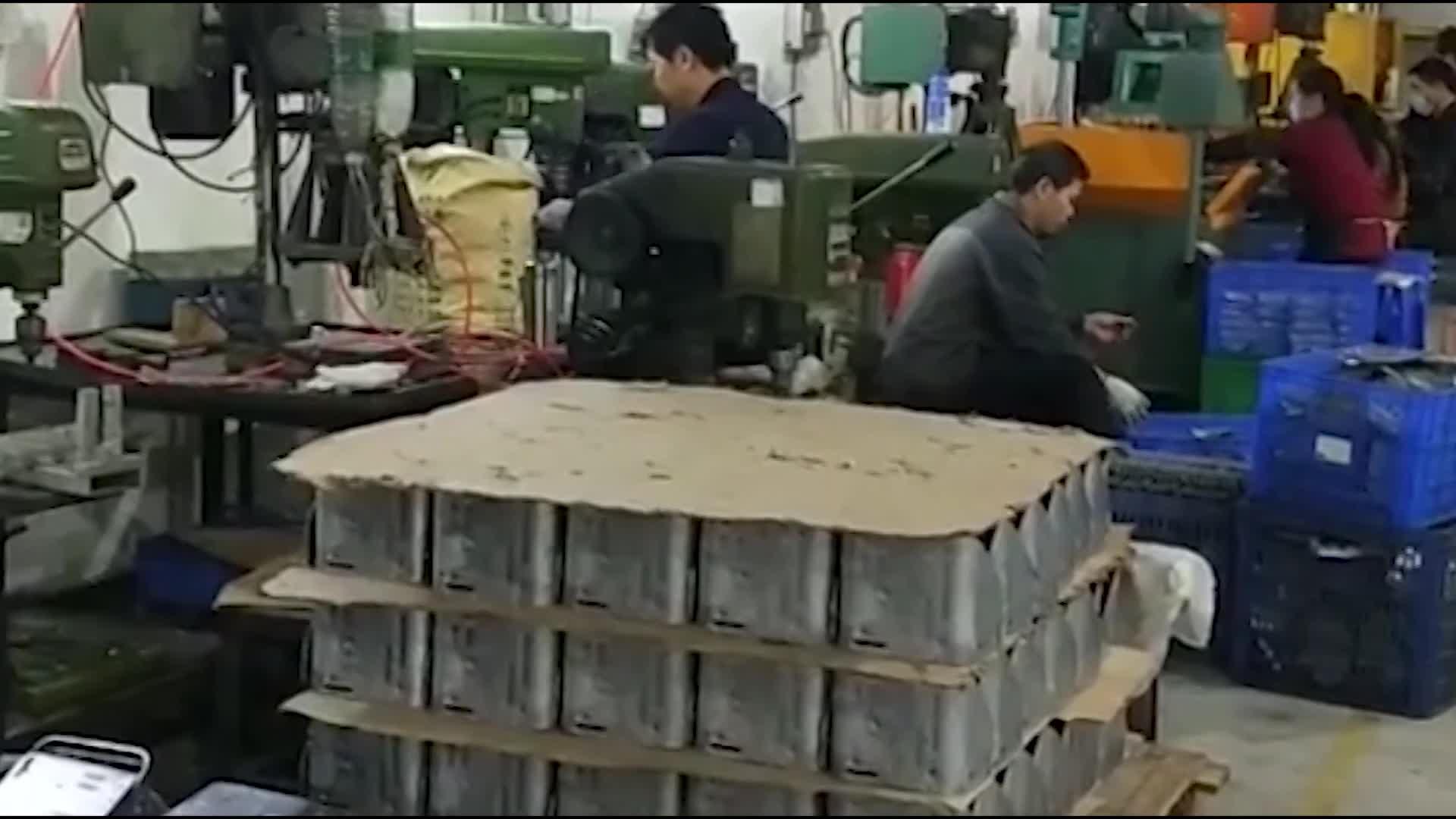 Ruiquan ढालना ठंड फोर्जिंग उपकरण लोहे मरने के कास्टिंग घटकों