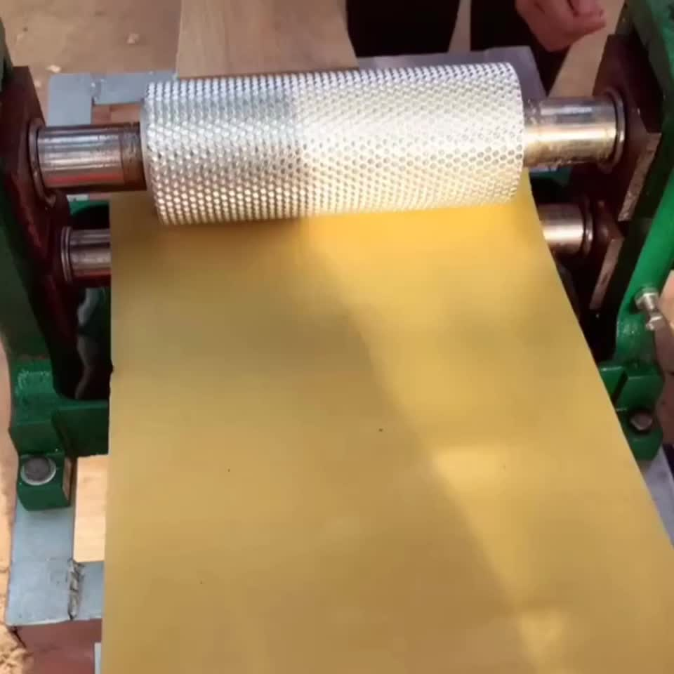 2020 Beekeeping equipment tools factory directly supply full automatic embossing beeswax comb foundation roller machine
