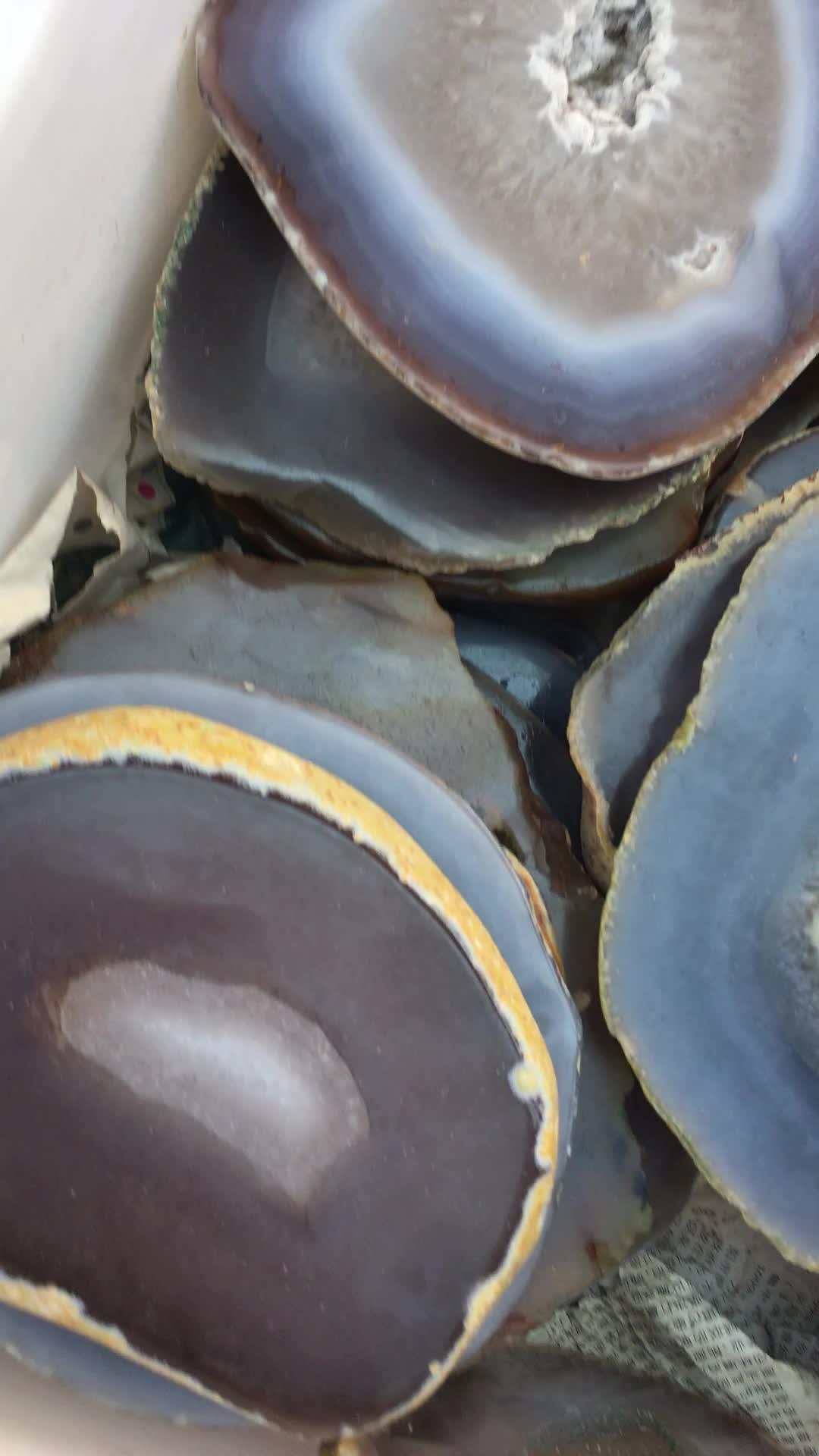 A buon mercato e fine Caldo di vendita del prodotto naturale di cristallo Lucido grande quarzo agata fette di pietra