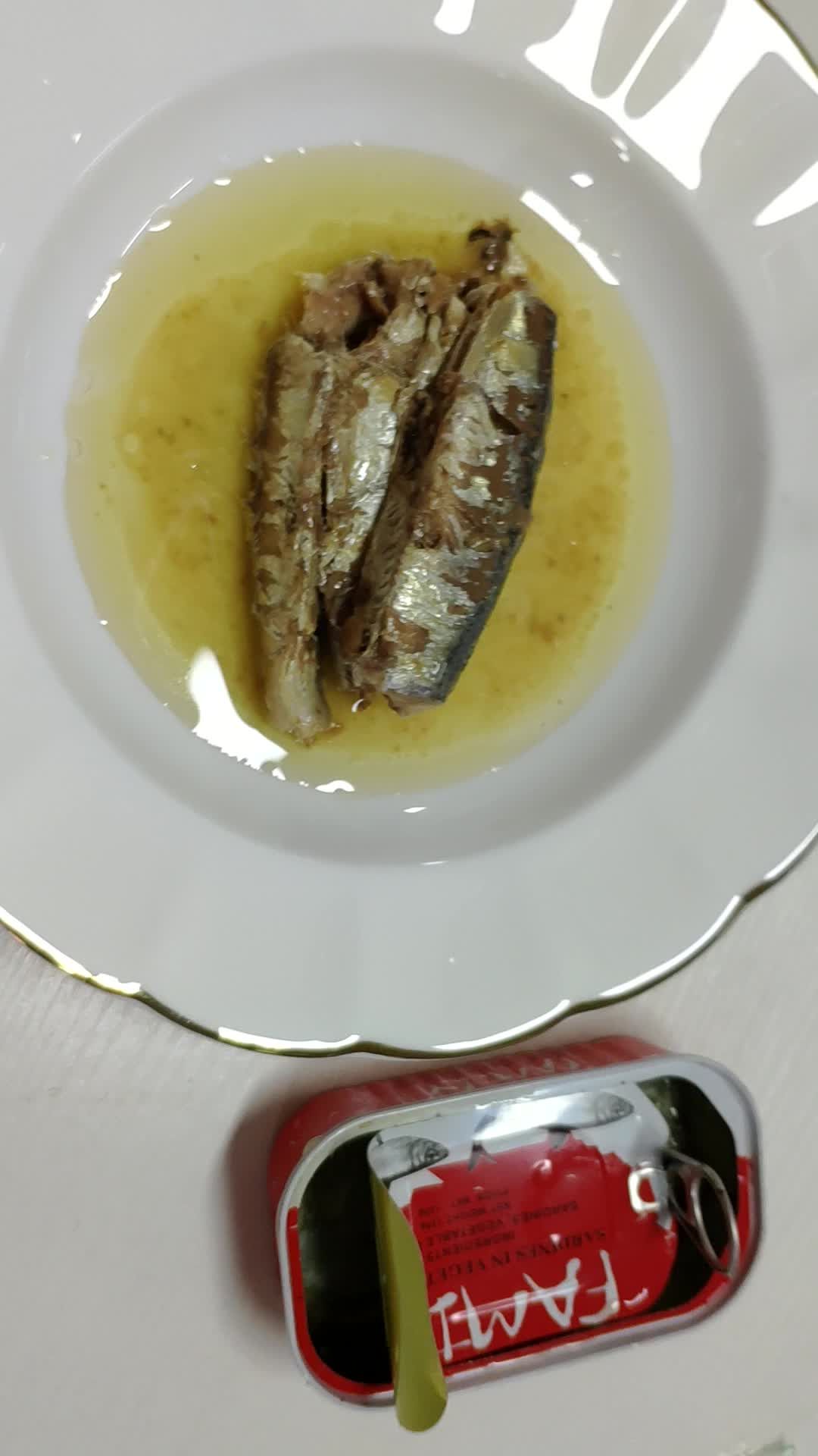 Canned seafoods Chinese canned sardines imports of fish in tomato sauce
