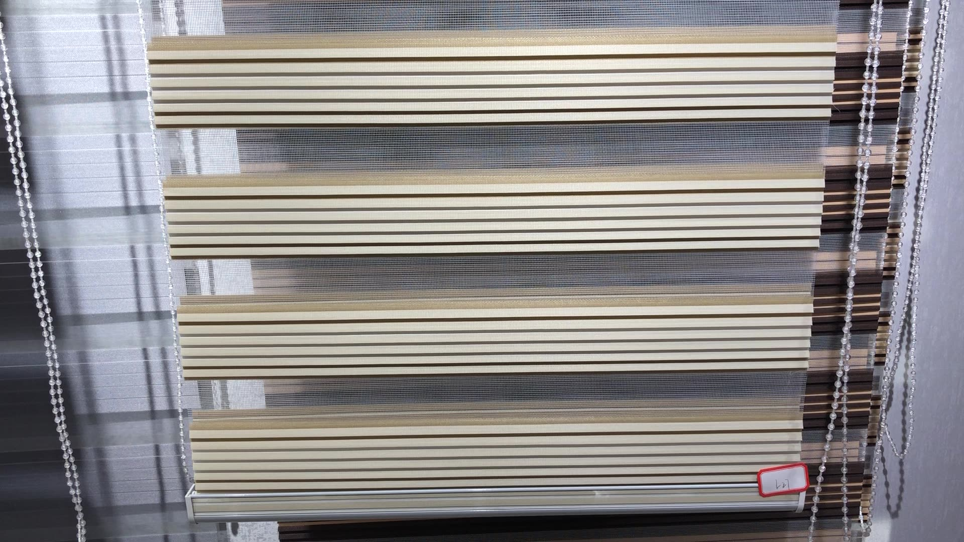 Good Quality 100% Polyester Fabric Zebra Ready-Made Window Blinds For Office Decor