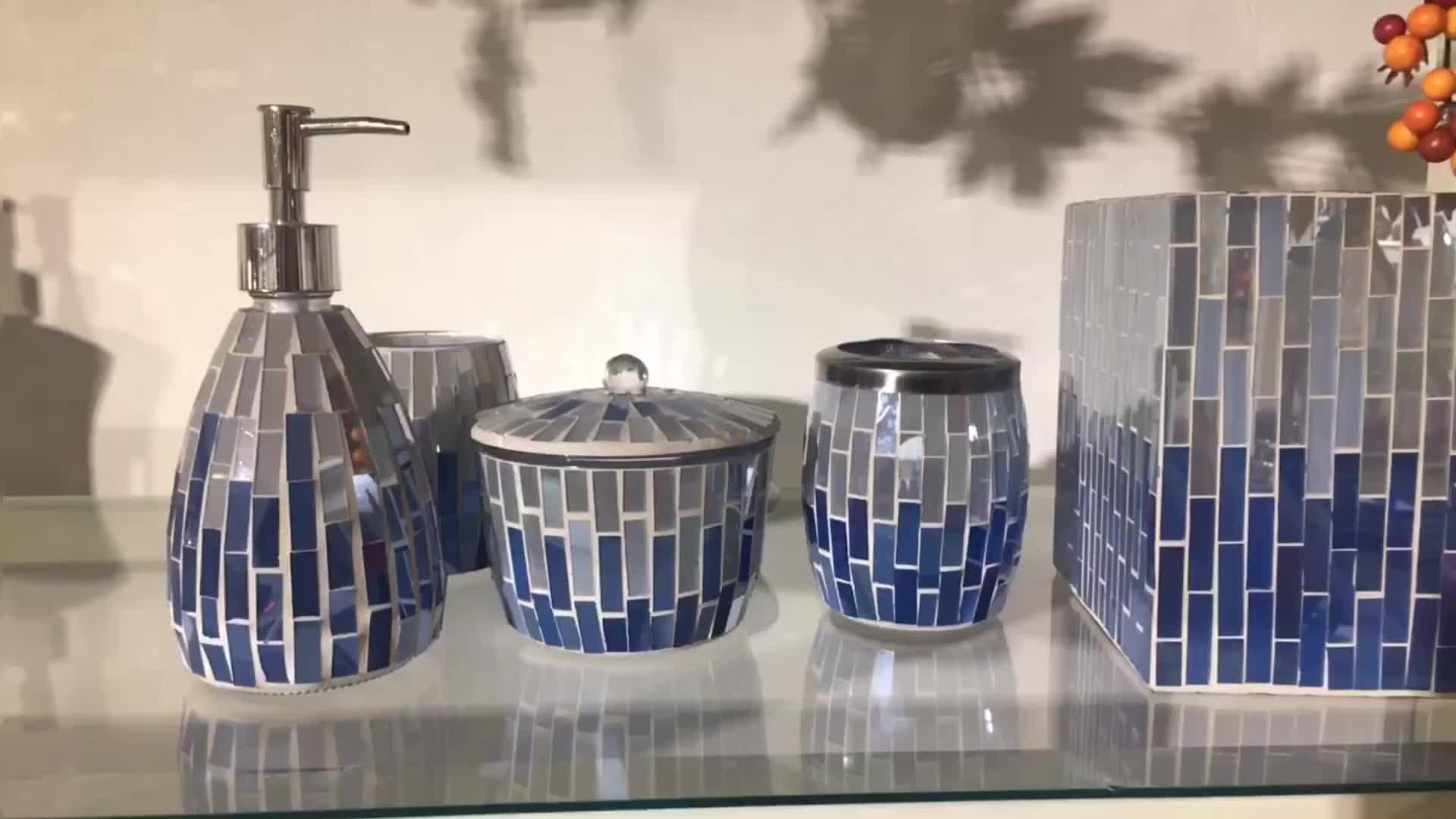 Conception de feuille En Gros denim bleu couleur 5 Pièces set Salle De Bain Accessoire Ensemble