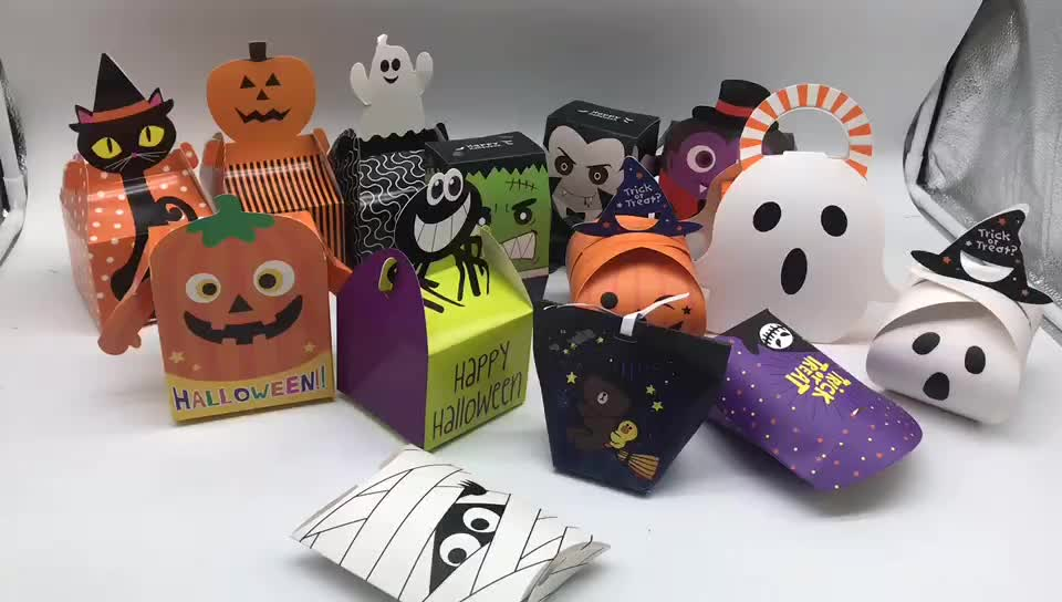 Wholesale custom cookie sweet bonbon trick or treat packaging paper box halloween candy container
