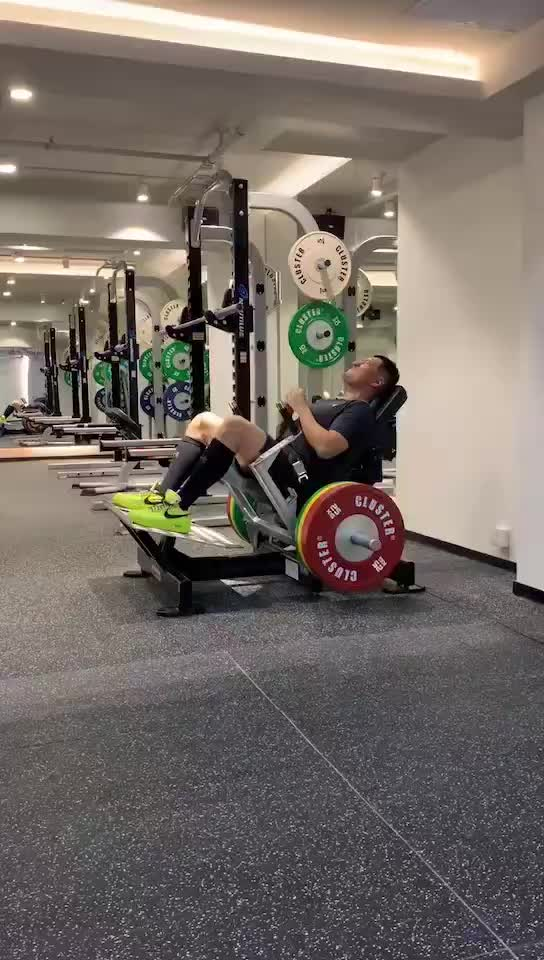 Commercial Gym Equipment glute machine/hip machine / hip and glute machine