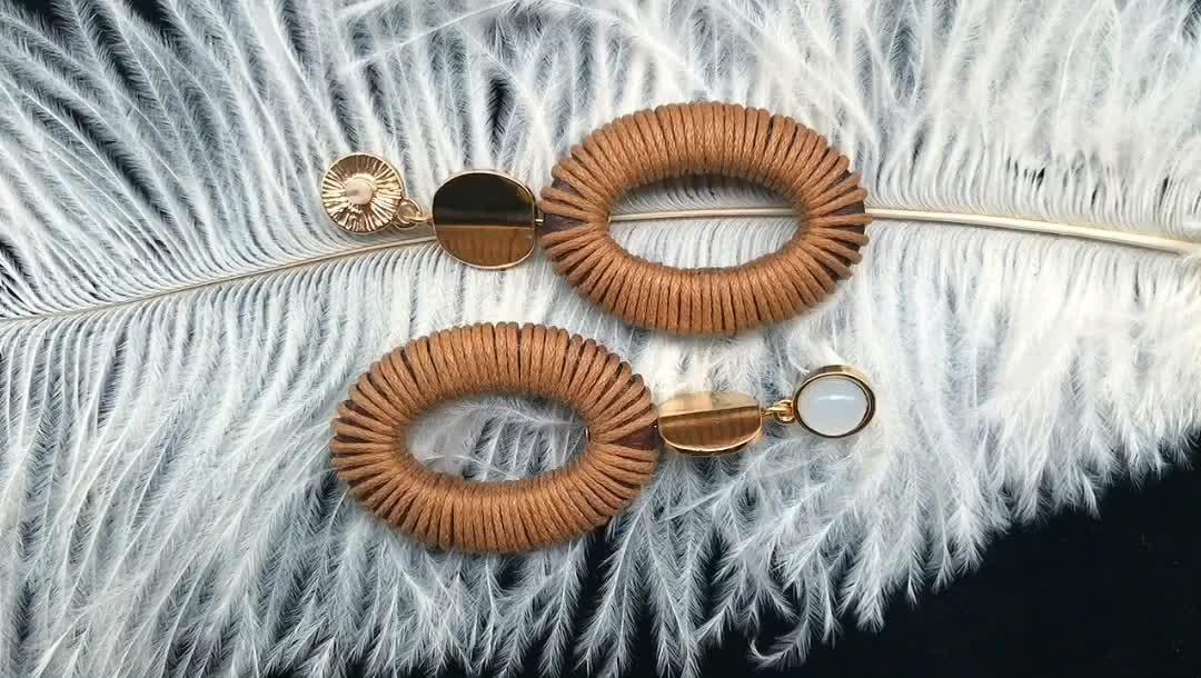 Estoque produtos acessórios do traje personalizado pendurado acrílico novo design jhumka ouro semente bead dangle brincos de design com preço