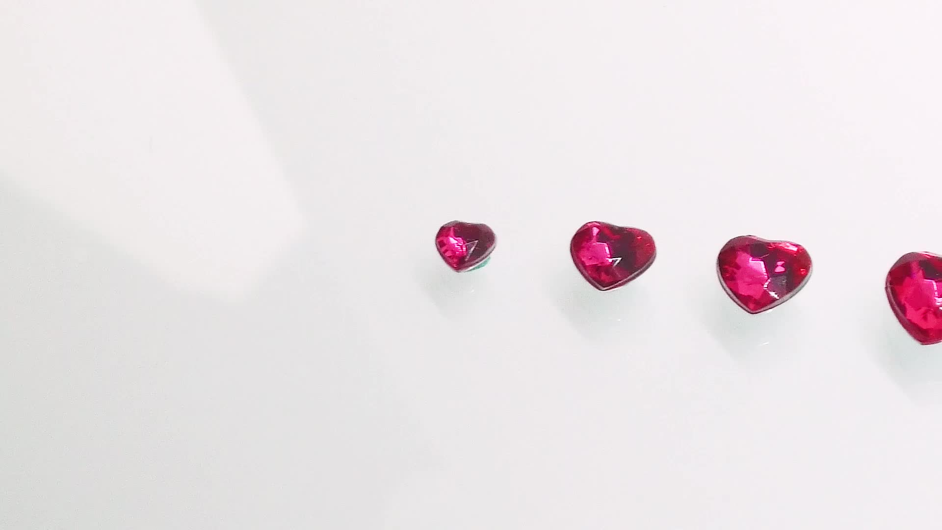 Wholesale Acrylic Crystal Chaton Bead in Different Sizes