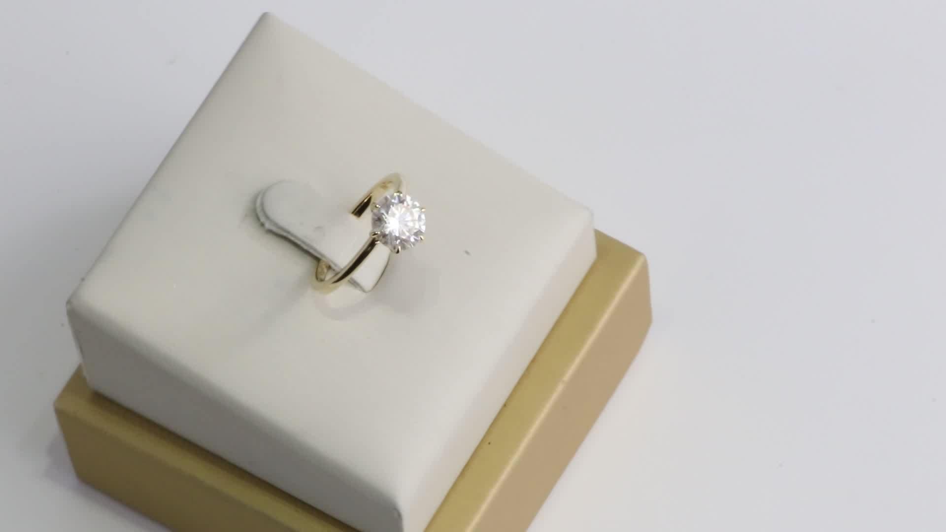 Su ordinazione 14k solido giallo oro 1.5carat 7.5 millimetri rotonda GH colore moissanite lab diamante anello di fidanzamento