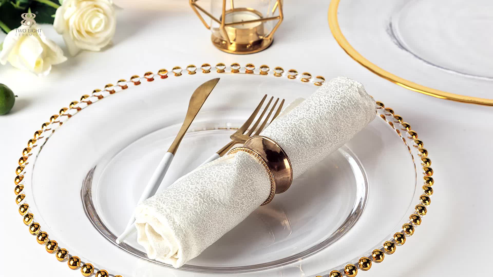 2020 Cheap Price Elegant Wedding Glass Charger Plates Wholesale Dining Serving Dishes Outdoor Party Under Plate with Gold Rim