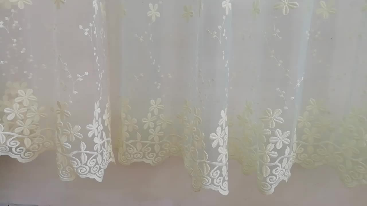 2019 Cheap New Design Flower Embroidery Tulle Fabric Lace Curtains
