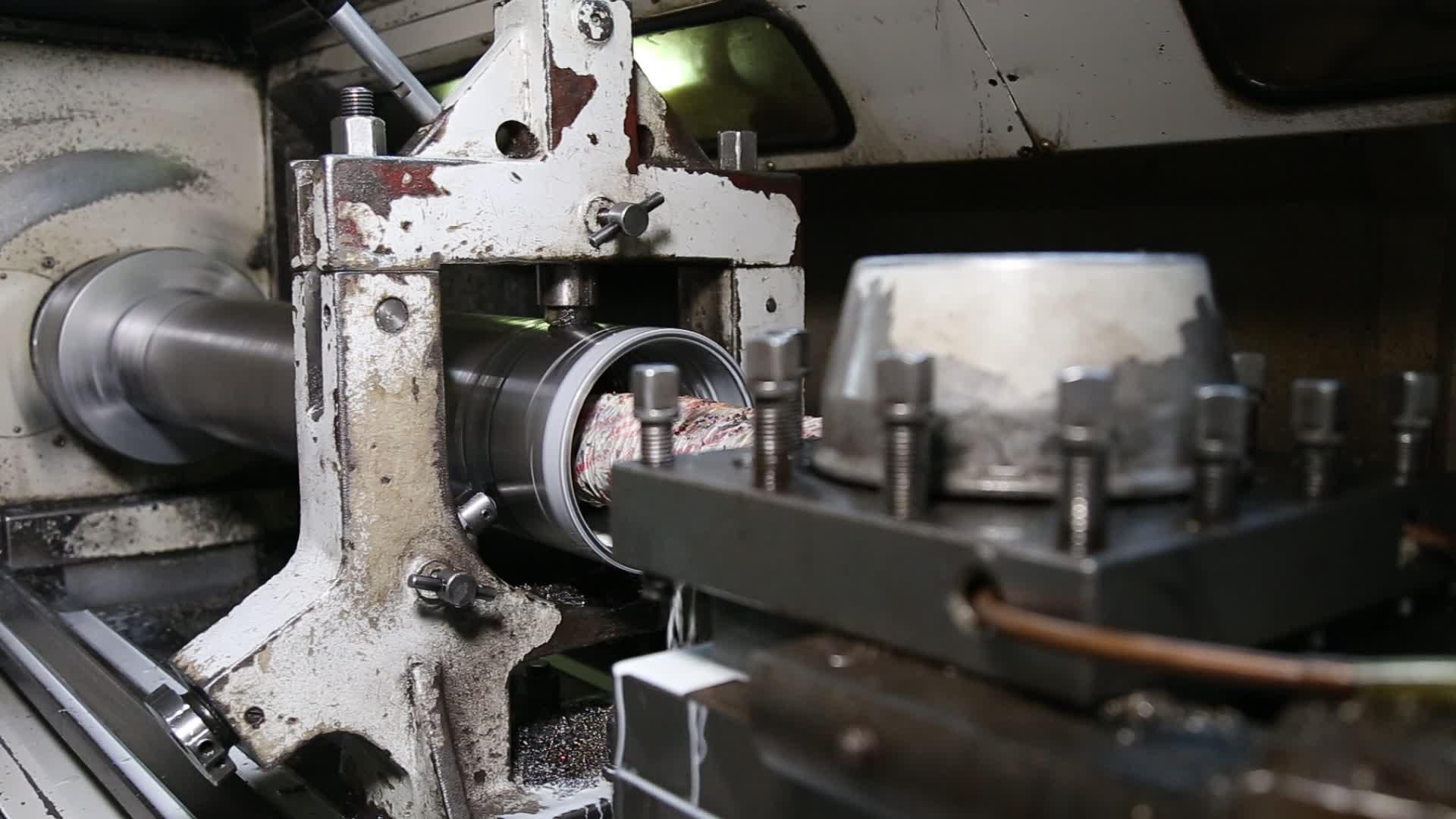SPM S60 DHD360 165mm dth xuống các lỗ búa khoan để khoan nước tốt/khoan giếng nước